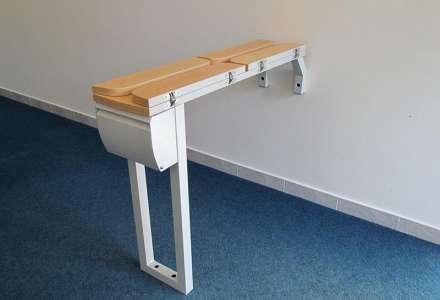 Rozkládací podokenní stolek